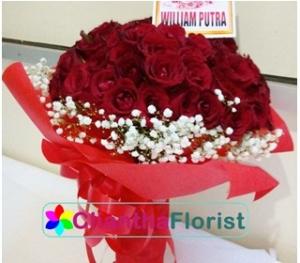 hand-bouquet-mawar-surabaya